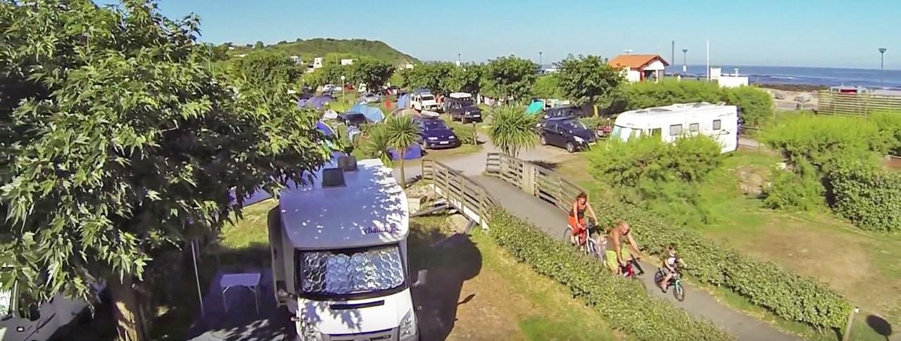 Camping dans le Pays basque : où pratiquer des loisirs d'eau ?