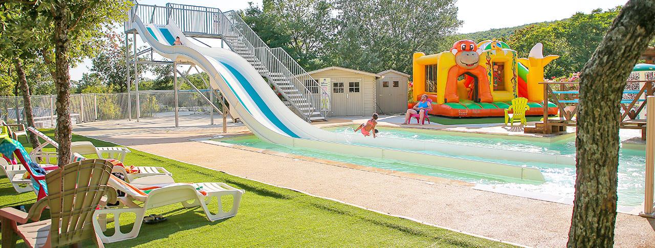 Top 3 des campings avec piscine dans le Lubéron